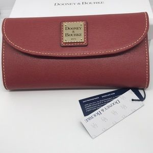 NWT-Dooney & Bourke Saffiano Leather Wallet